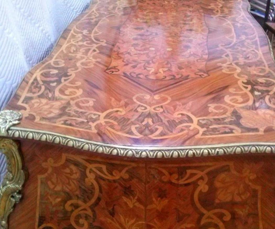 Consejos para la restauración de muebles antiguos: ¿cómo acabar con la carcoma?