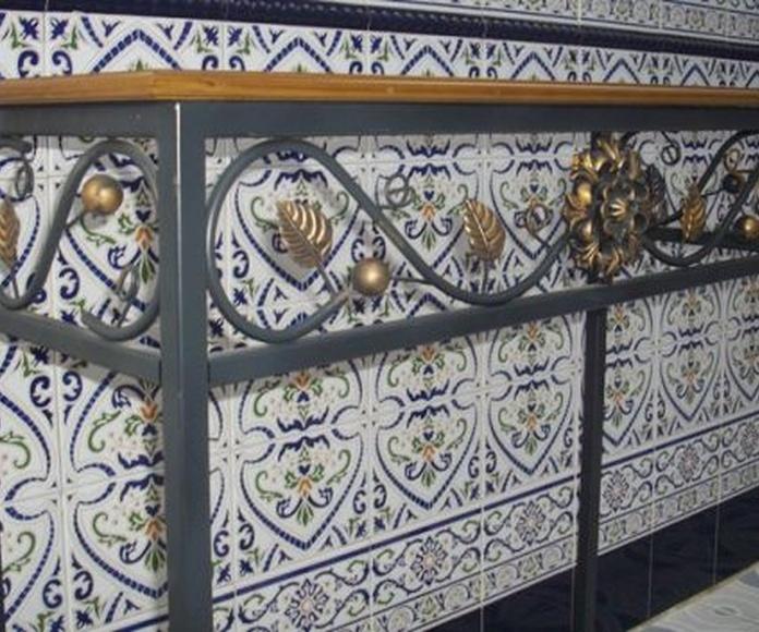 Mesa Margarita: Catálogo de muebles de forja de Forja Manuel Jiménez