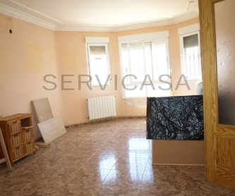 Ático en venta.69.000€: Compra y alquiler de Servicasa Servicios Inmobiliarios