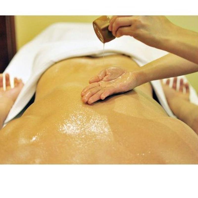 Masaje corporal con aceite: Servicios   de Kwantida Thai Massage spa