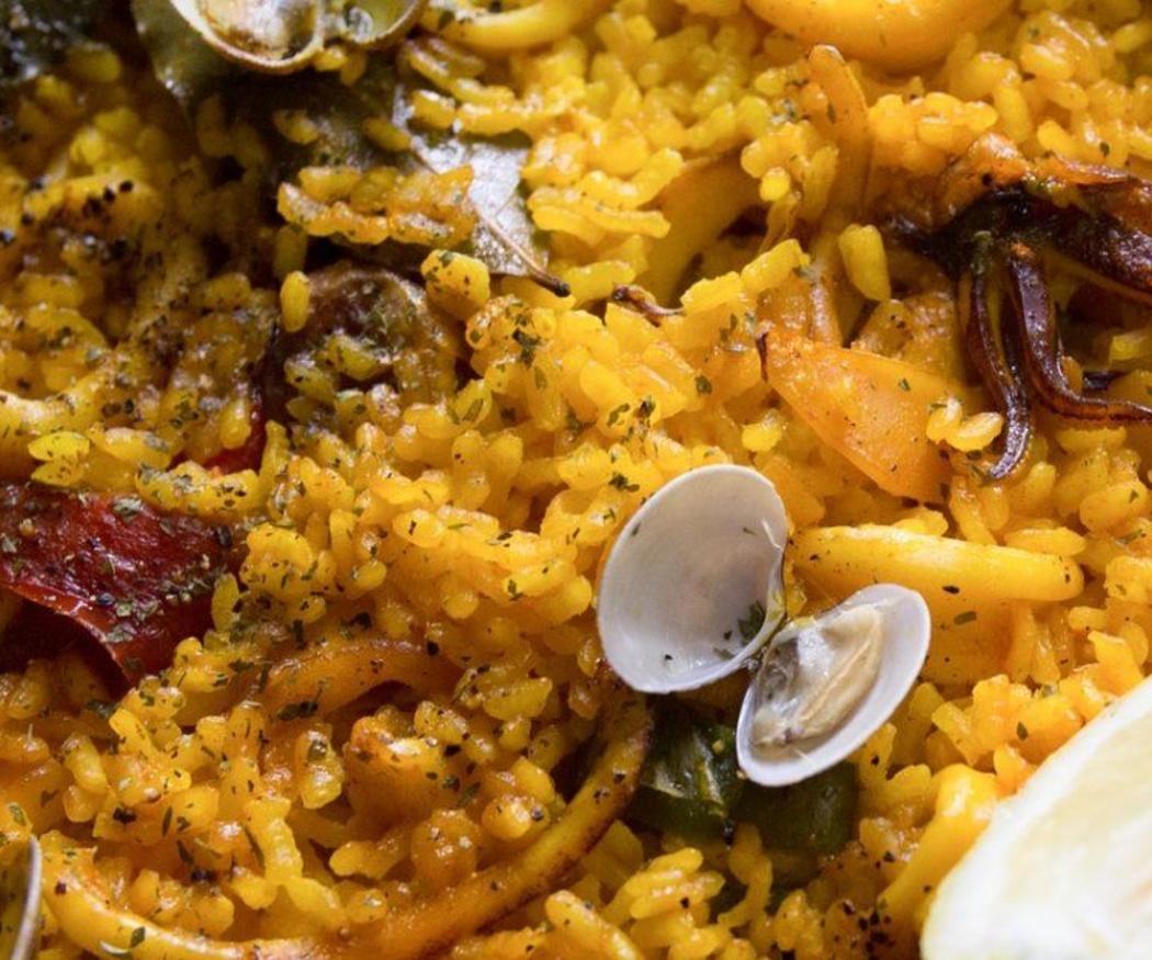¿Qué arroz necesitamos para la paella?