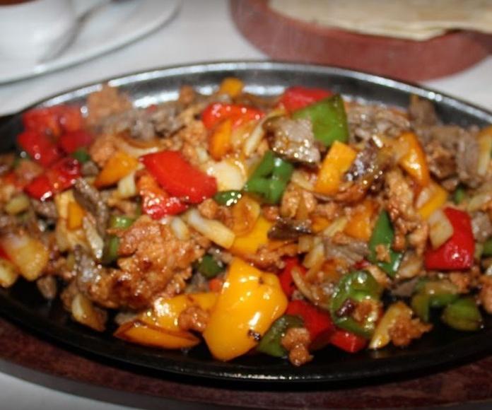 Gringas: Carta de Azteca Restaurante Mexicano