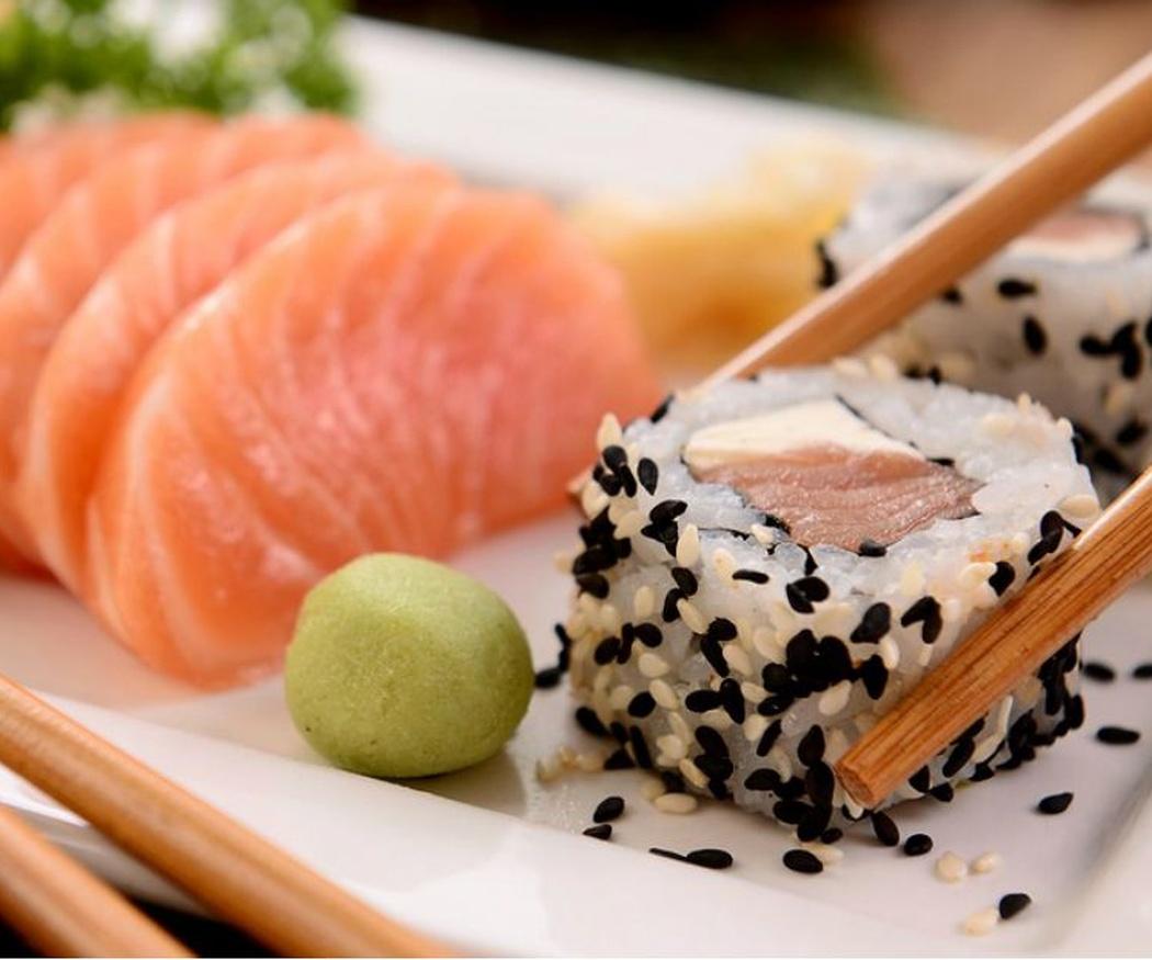 Come sushi como lo hace un japonés