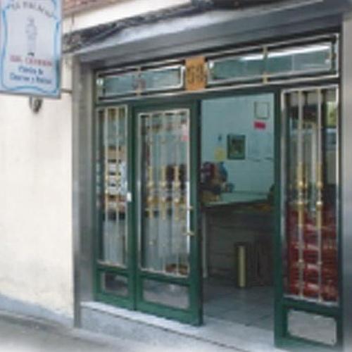 Nuestro local en la calle Ponferrada 58