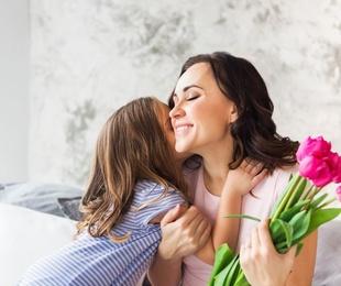 Regalar flores el Día de la Madre no es un tópico