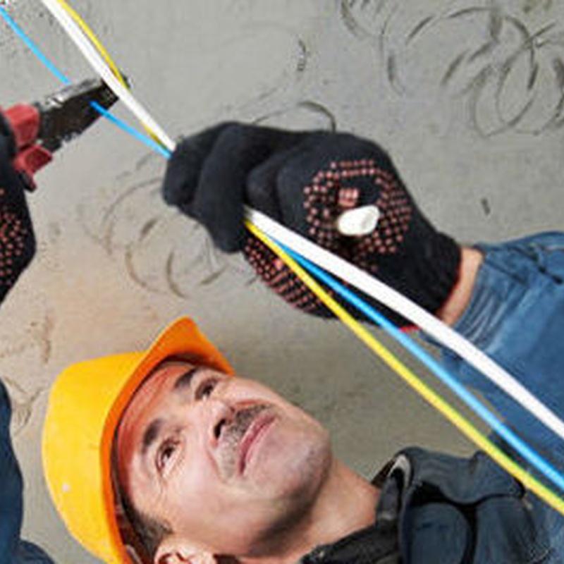Instalaciones eléctricas baja tensión: Servicios de Instalaciones Eléctricas Davó