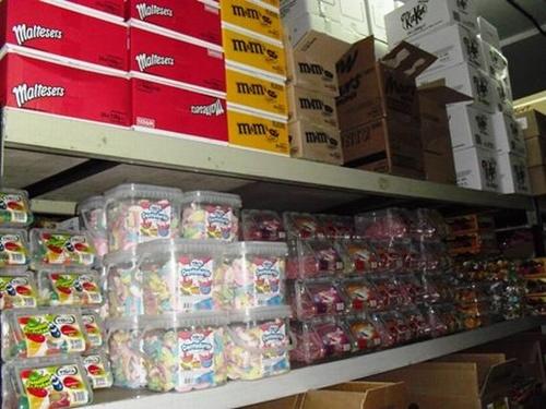Fotos de Golosinas y caramelos en Teror | Disaterura, S.L.