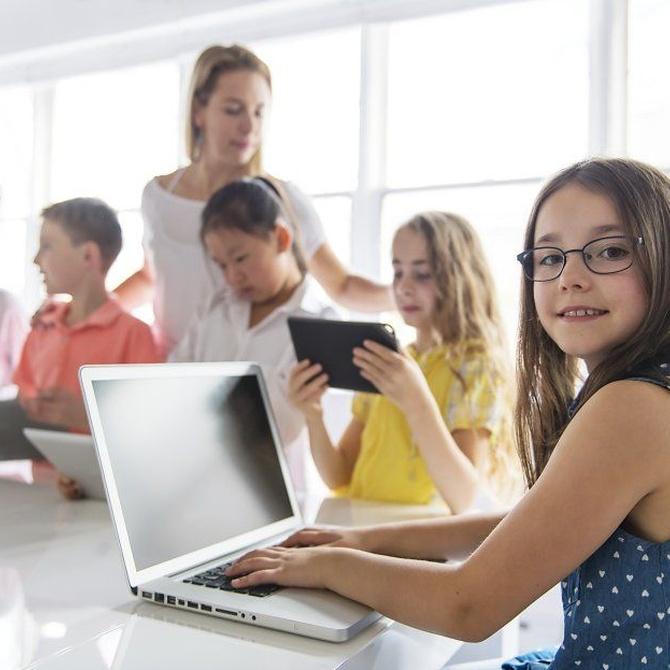 Ventajas e inconvenientes del uso de la tecnología en la infancia
