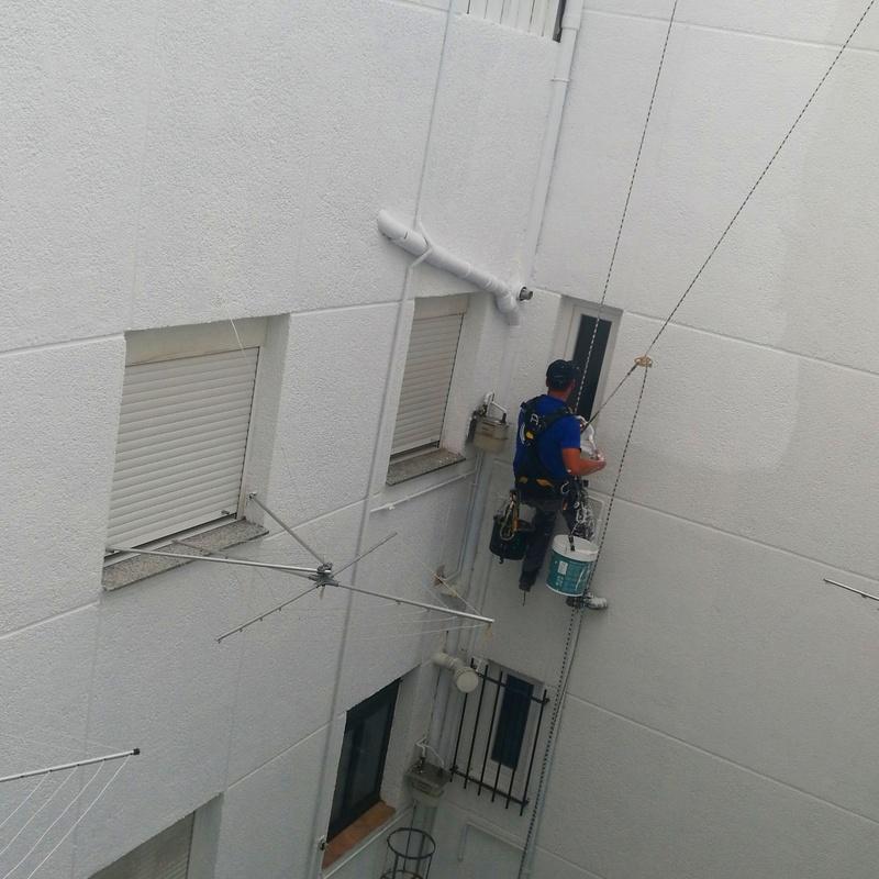 Reparación de patio: Servicios de FACHADAS ARLBERG