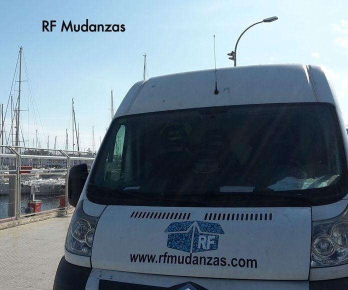 Empresa de mudanzas con servicios GRATIS: Productos  de RF Mudanzas