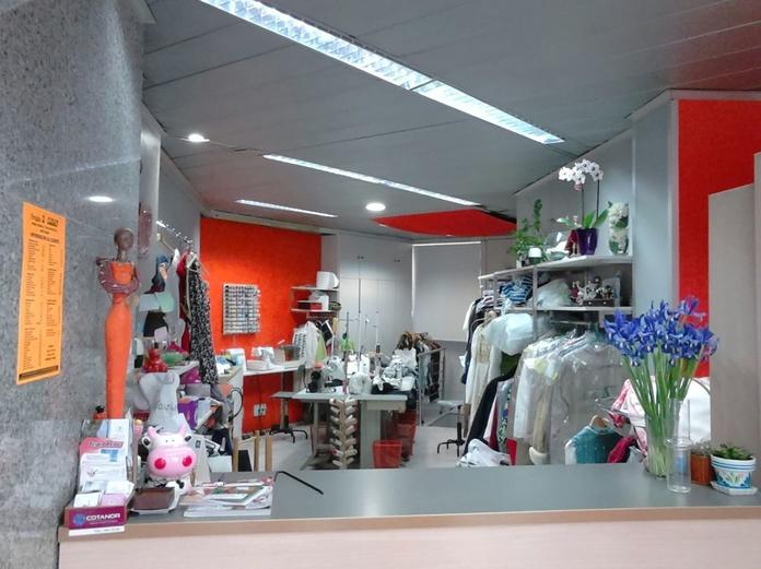 Arreglos de ropa y piel: Servicios de A'Coser