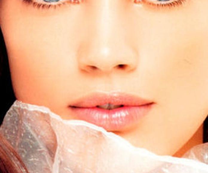 Reafirmación facial: Tratamientos de Delta Estética