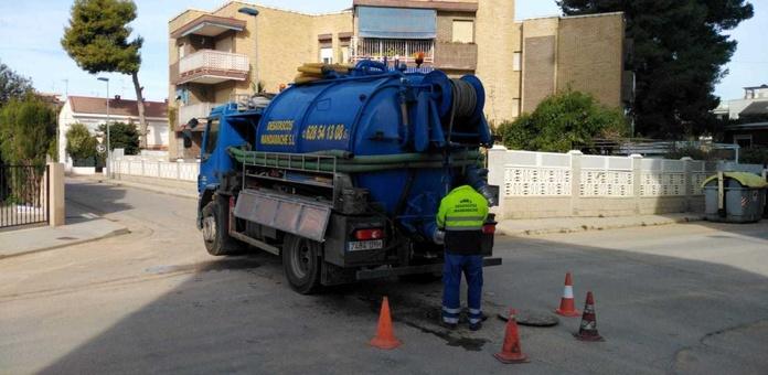 Trabajos de Fontanería: Servicios  de Desatascos Mandarache, S.L.