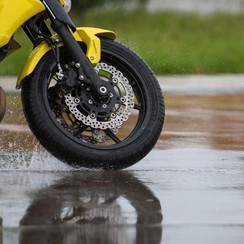 Neumáticos de moto en Colmenar Viejo