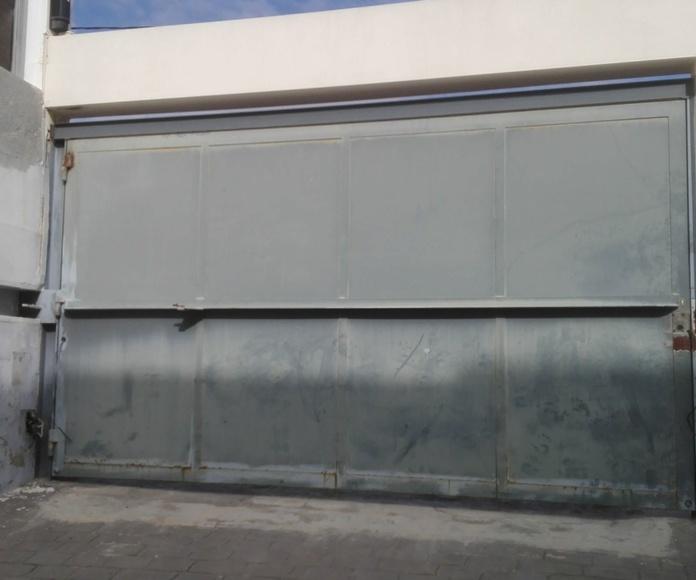 automatización de puerta batiente residencial en torrent