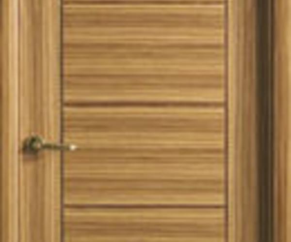 Puerta madera modelo 8700 en Toledo