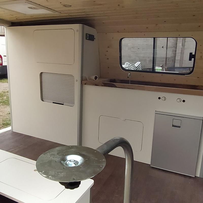 Furgoneta VW T4: Productos y servicios de CamperValencia