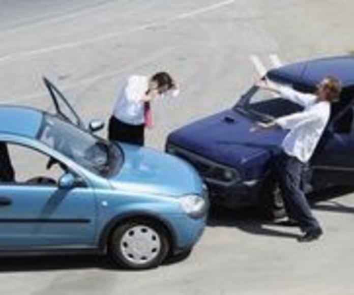 Accidentes de tráfico: RAMAS DEL DERECHO de Bufete Siquier Abogados