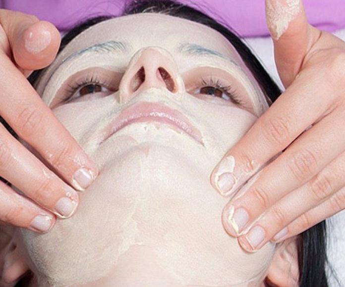 Tratamientos Faciales: Servicios de Salón de belleza Sándalo