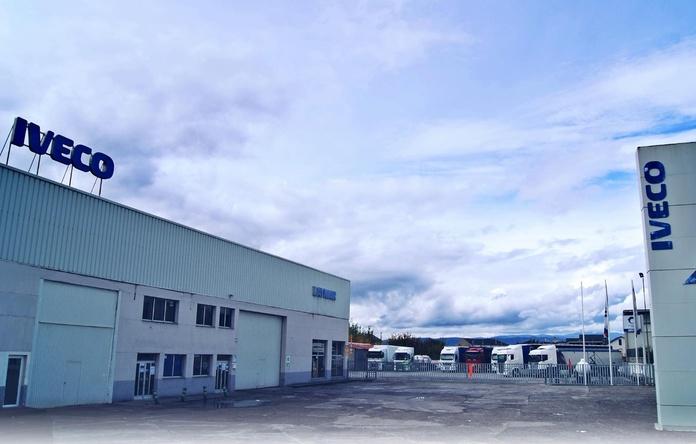Venta de otros turismos y vehículos industriales: Servicios de Taller Laymar, S.A.