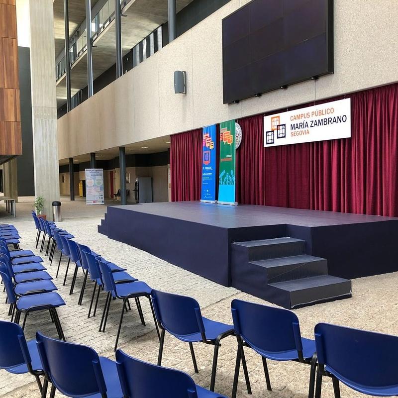 TARIMAS PARA EVENTOS Y CONFERENCIAS: CATÁLOGO DE PRODUCTOS Y SERVIC de Dos Eventos