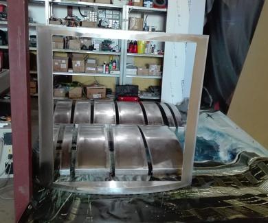 Fabricación y montaje de tótems para el nuevo centro logístico nacional & internacional Global Trasp
