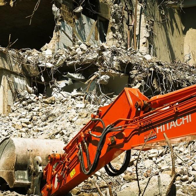¿Cómo actuar si aparece amianto en una demolición?