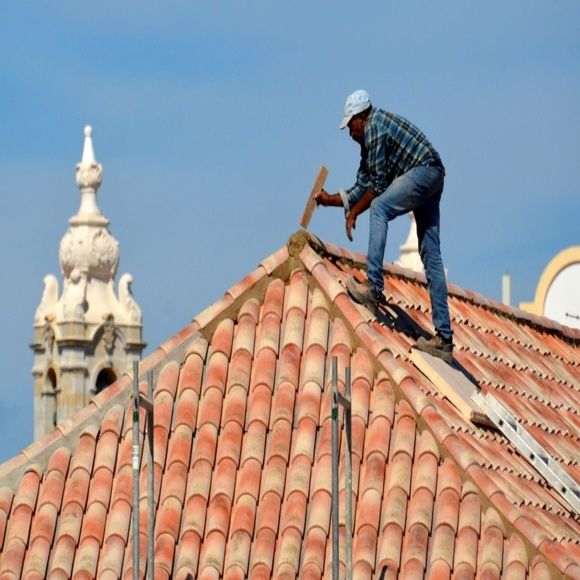 Reparación de cubiertas y tejados: Productos y Servicios de Construcciones Rujucxa