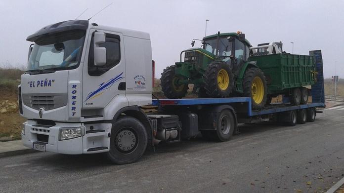 Transportes: Productos y servicios de Transportes Juan Aguilar - El Peña