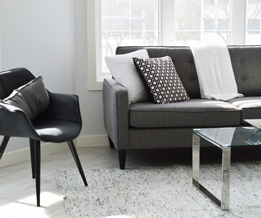 Tipos de materiales para tapizar tu sofá
