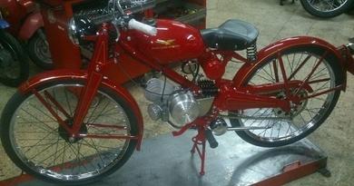 Reparación y puesta a punto de motos clásicas