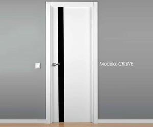 Puerta lacada modelo CRISVE
