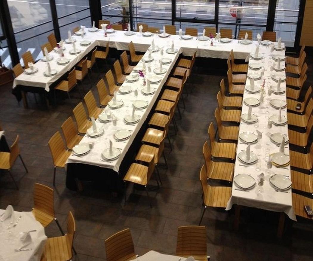 ¿Cómo organizar las mesas de una boda?