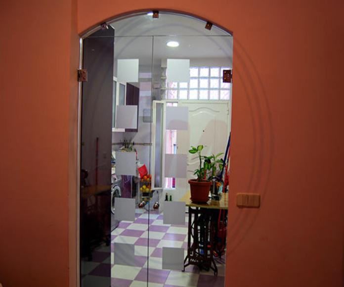 Cristaleria Madrid. Puertas de cristal : Productos  de Cristalera Madrileña