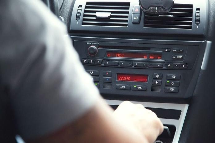 Radios multimedia: Servicios de Taller Boauto Multimarca