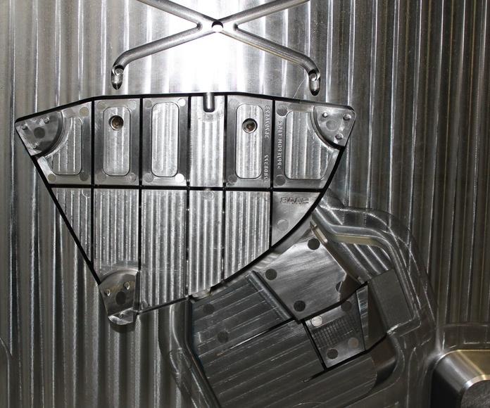 Fabricación de moldes de Inyección de Aluminio: Productos y servicios of Ingeniería del Molde