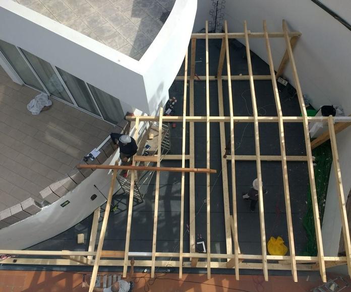 Estructura madera Laminada en cuña para cerramiento
