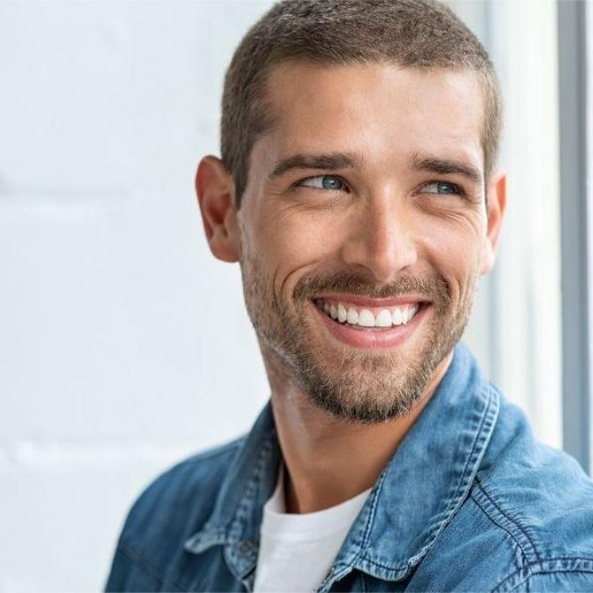 Blanqueamiento dental y limpieza dental