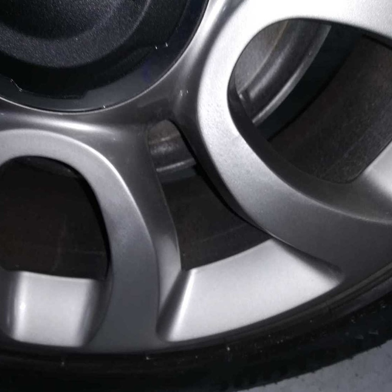 Pulido de llantas: Servicios de Car Wash Alcorcón 1