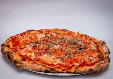 OFERTA.9 PIZZA MEDIANA HASTA 3 INGREDIENTES .