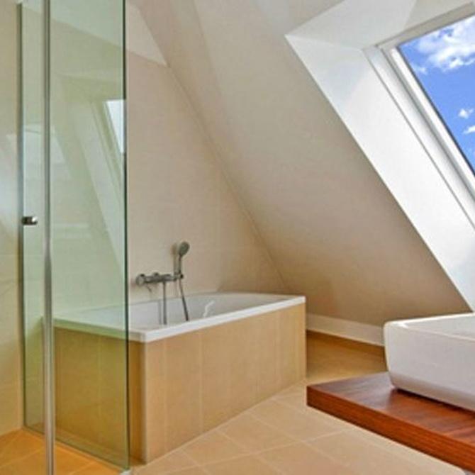 Baños con mampara, estéticos y funcionales