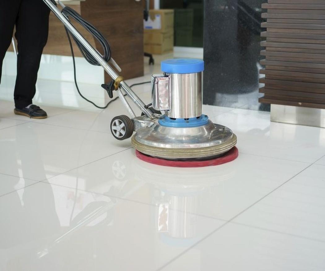 Limpiar un suelo de mármol: las claves