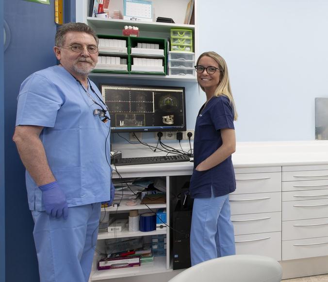 Odontología General y Conservadora: Especialidades de Clínica Dental Dr. Yagüe