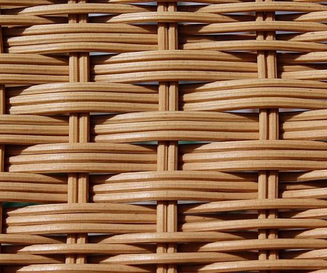 La cesta de mimbre, el complemento perfecto hoy y siempre