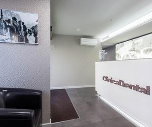 Galería de Especialistas en estética dental, implantes y periodoncia en  | Clinica Dental Dr. Ortega-Monasterio
