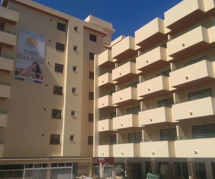 pintura de fachadas e interiores de los apartamentos Mar y Vent en Sant Antony