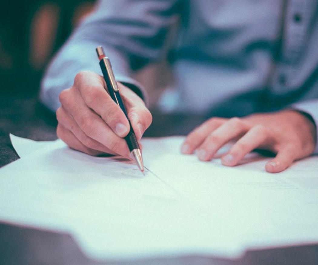 Los testamentos de tu puño y letra