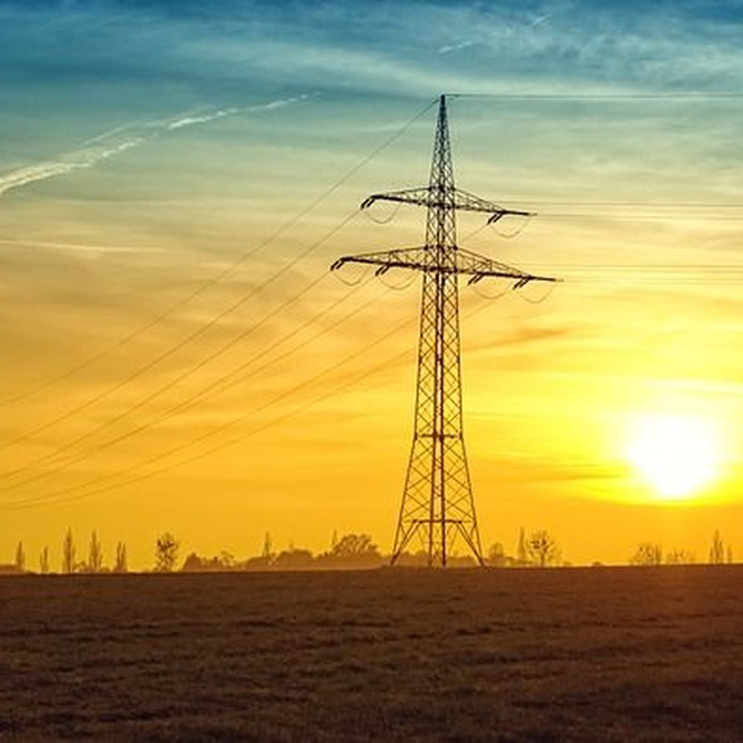 Qué es la electricidad y cómo llega hasta ti
