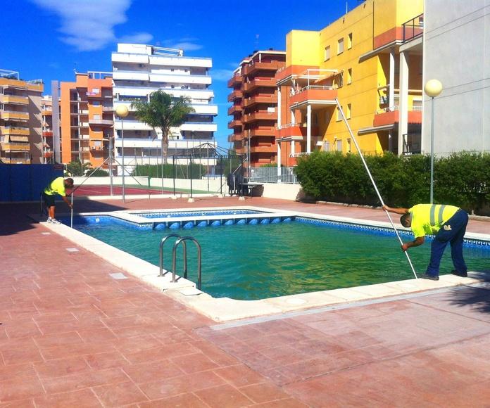 Mantenimiento de piscinas: Servicios de Ismed Servicios Integrales
