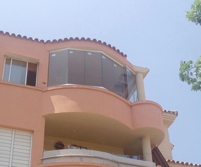 Terraza con curvas en San Fernando: Proyectos realizados de Hogar Dulce Hogar